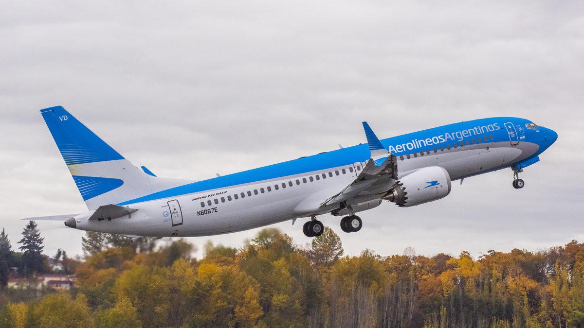 Aerolíneas Argentinas dispondrá 42 mil asientos para turistas que lleguen a Ushuaia en cruceros