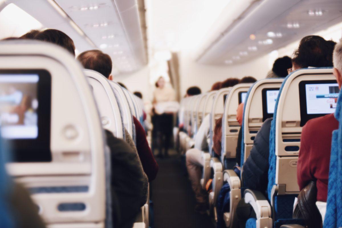 Los arribos de turistas extranjeros por vía aérea crecieron 23 % en el primer trimestre