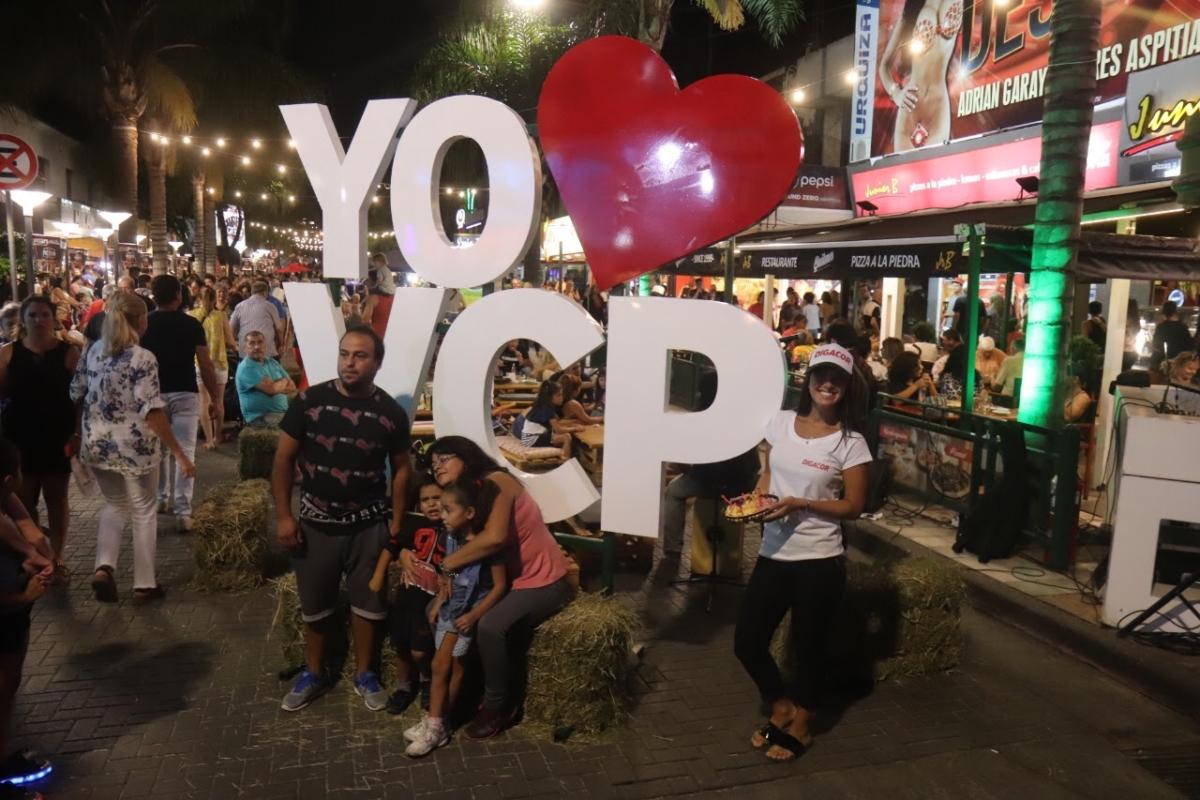 Villa Carlos Paz: Sorprendente convocatoria tuvo el Festival de la Picada Serrana