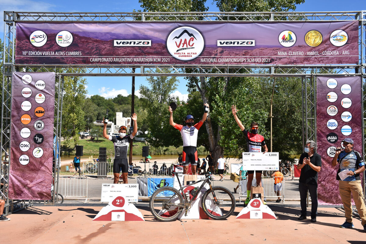 Mina Clavero redondeó un gran fin de semana con la Vuelta de las Altas Cumbres más running